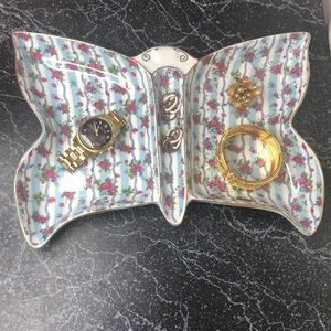 Shabby chic butterfly jewelry tray
